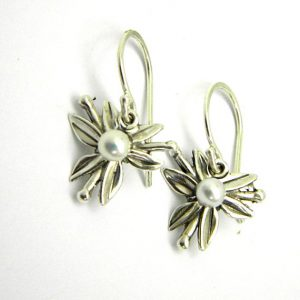 Dangle pearl earrings flowers in sterling silver