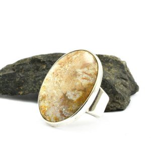 Silver lace agate ring