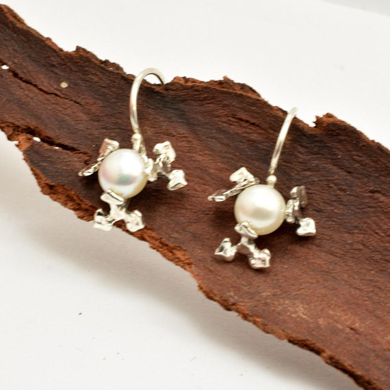 Flower earrings sterling silver and white pearl