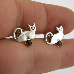Silver cat studs garnet earrings