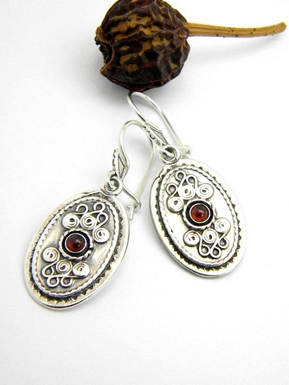 Retro garnet earrings