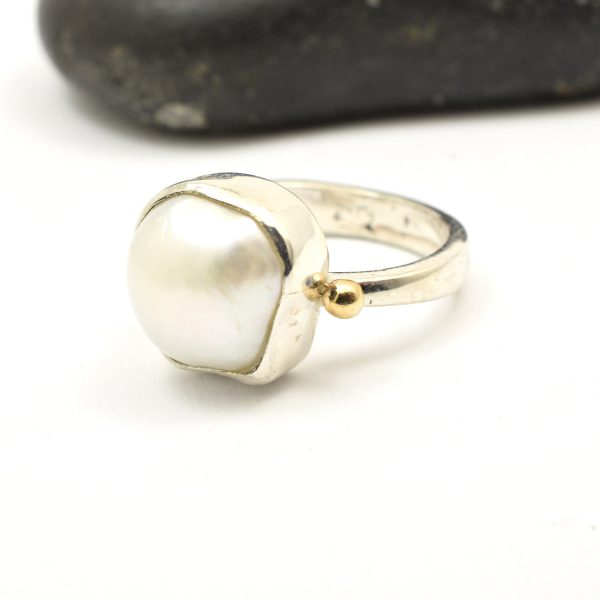 White pearl silver and gold ring size 54